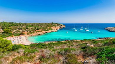 Photo of Cala Varques, sable fin et eau cristalline